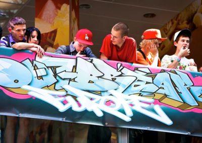 Outbreak-Europe-2010-Photo10